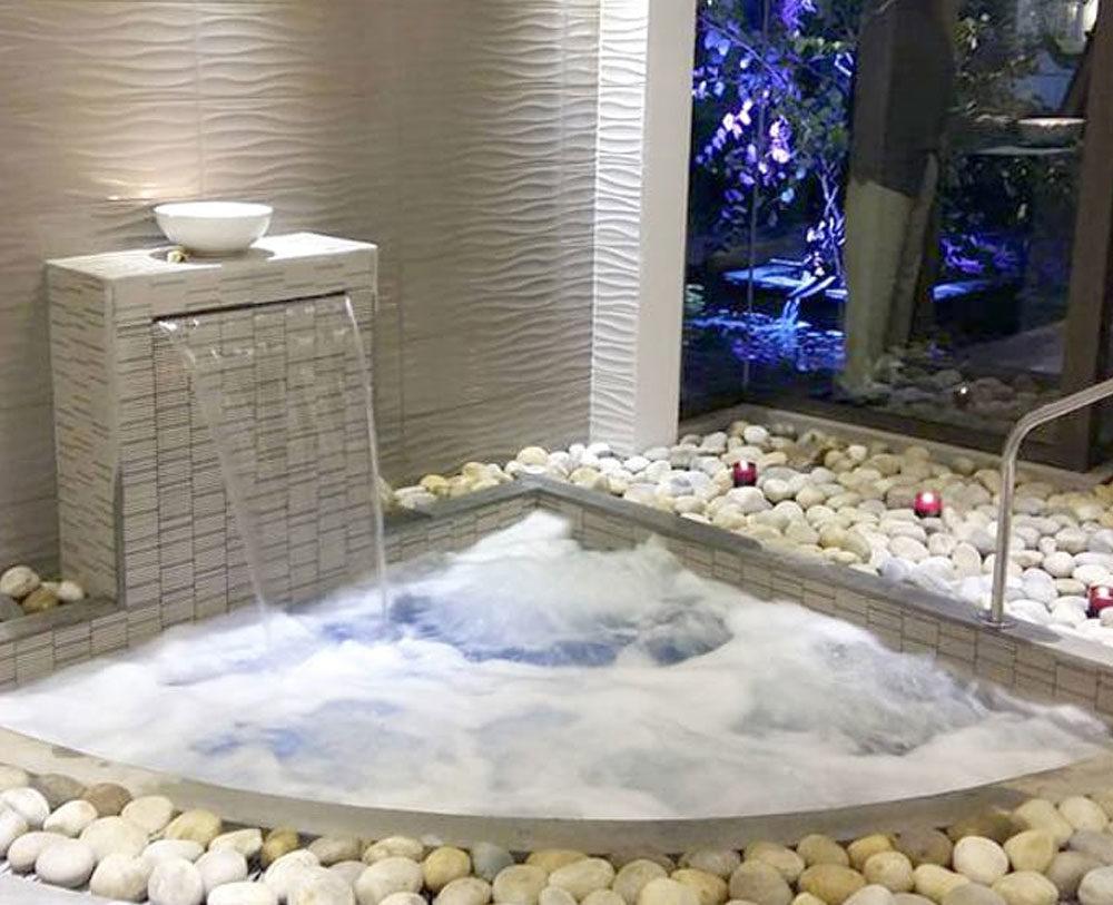 Quoi Mettre Sous Un Spa Gonflable bien installer un spa à domicile pour une détente assurée