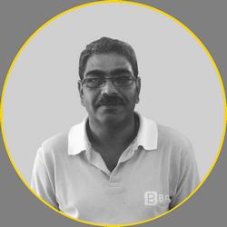 Jayen Superviseur des équipes d'entretien de piscines de BPL International