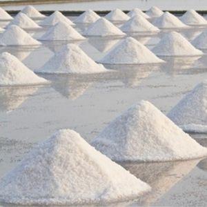Traitement de l'eau de piscine au sel
