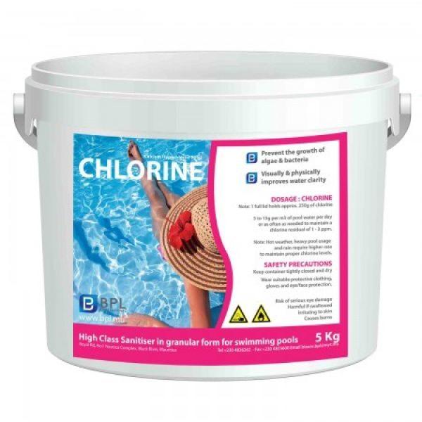 Chlore 70% - 5kg Empêche la croissance des algues et des bactéries dans la piscine