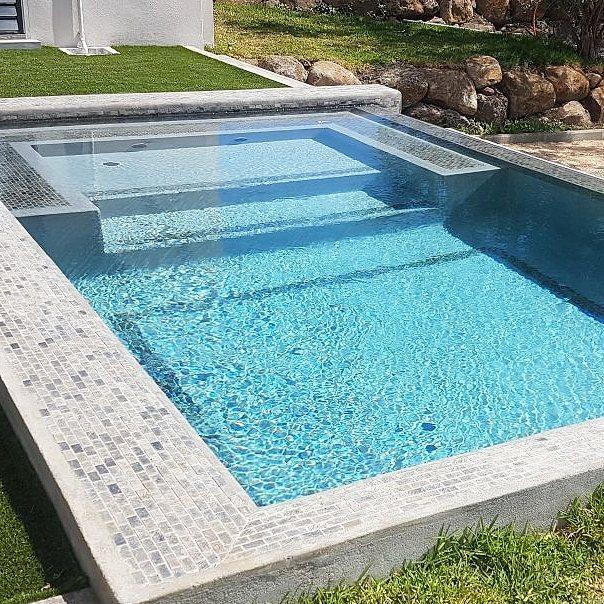 Piscine au sel – 5mx 3m en marble plaster réalisée par BPL International